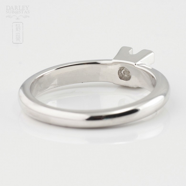 Solitaire in 18k white gold and diamond 0.12cts - 4