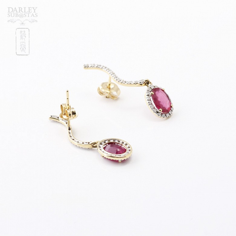 Earrings ruby and 2.18cts diamond in 18k yellow gold - 1