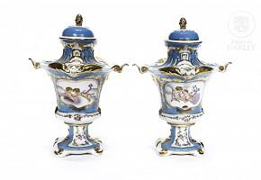 Pair of European porcelain lidded vases, 20th century
