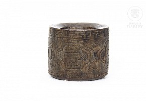 Carved wooden ring, Qing dynasty.