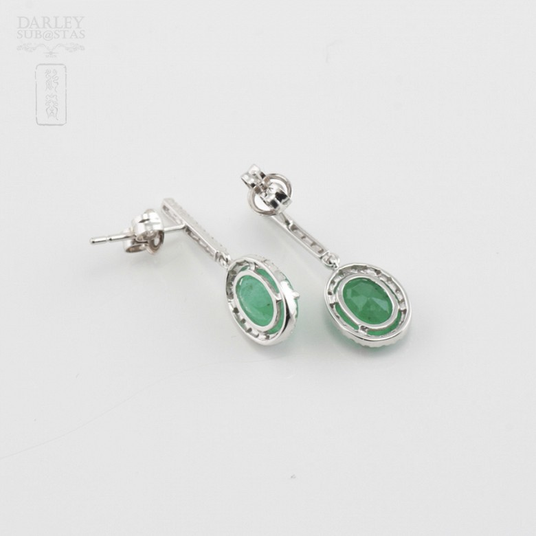 18k白金配祖母绿镶钻石耳环 - 4