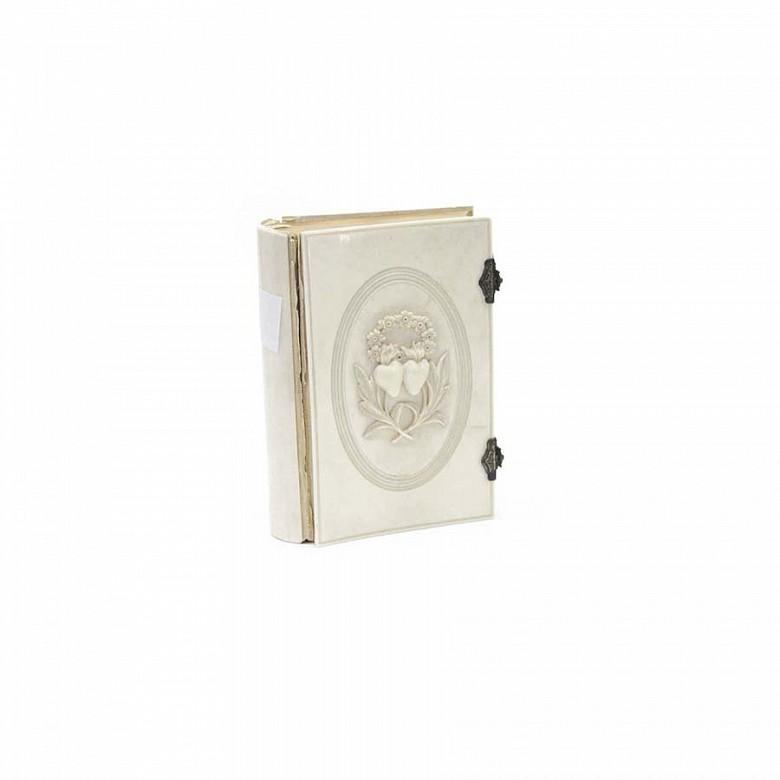 Ivory Missal, meds.s.XIX.