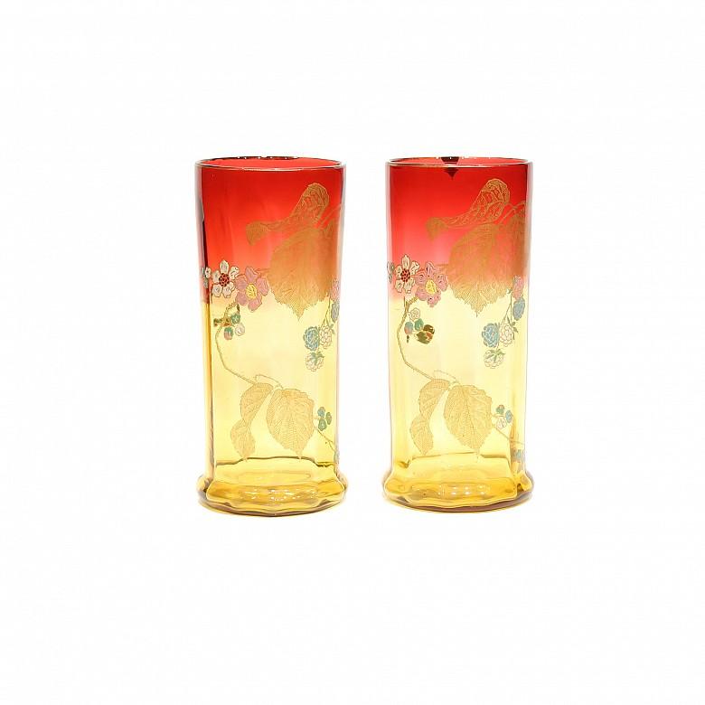 Pareja de floreros de vidrio, Art Nouveau, ffs.s.XIX - pps.s.XX