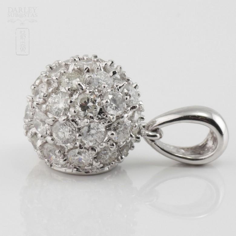 0.97cts ball pendant with diamonds - 2
