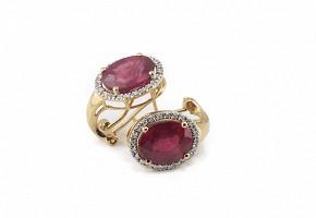 Pendientes rubí y diamantes.