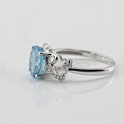 Beautiful diamond ring and blue topaz - 3