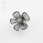 Fantástico anillo en plata ley con rodio negro - 1