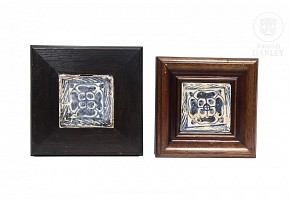 Two gothic glazed ceramic tiles, 15th century.