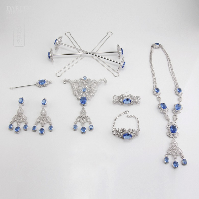 Faller blue dressing and rhodium plated