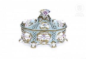 European enameled porcelain jewelry box, 20th century