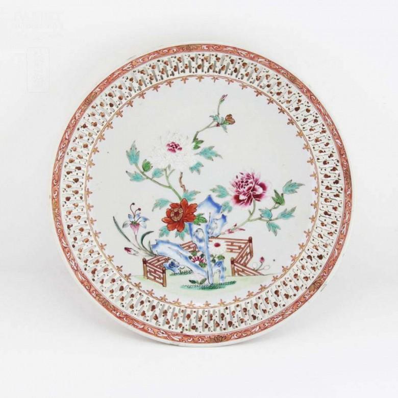 十八世纪瓷盆