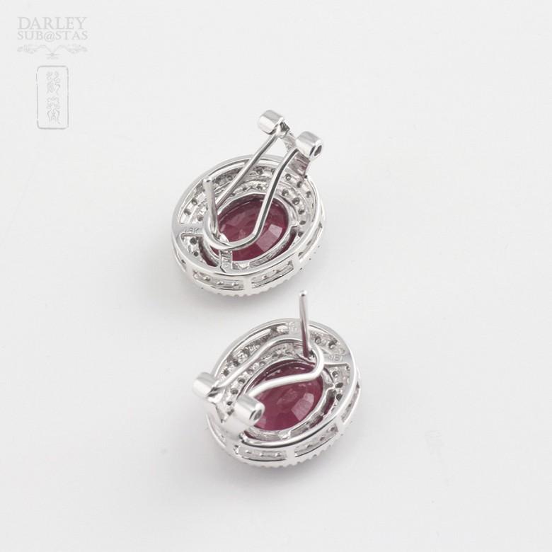Pendientes con rubí natural 6,28cts y diamantes en oro blanco - 2
