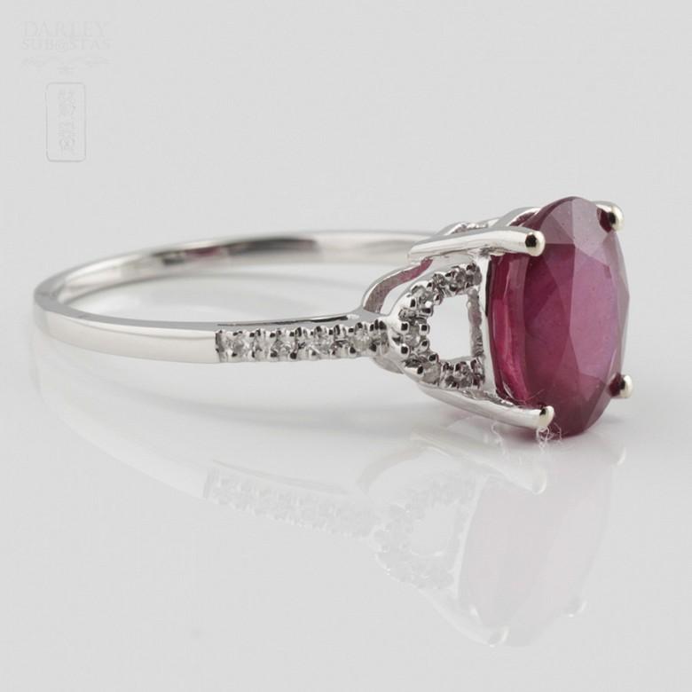 18k白金配红宝镶钻石戒指 - 2