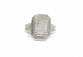 Anillo en oro blanco de 18k con diamantes