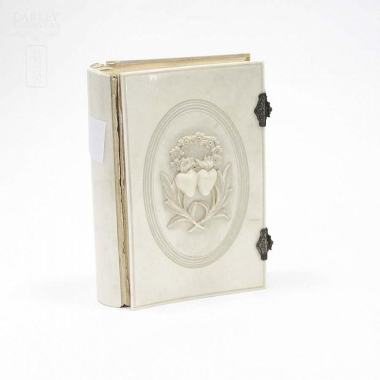 Ivory Missal, meds.s.XIX. - 1