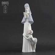 Porceval figure nun and girl