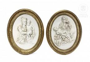 Pair of alabaster ovals, 20th century