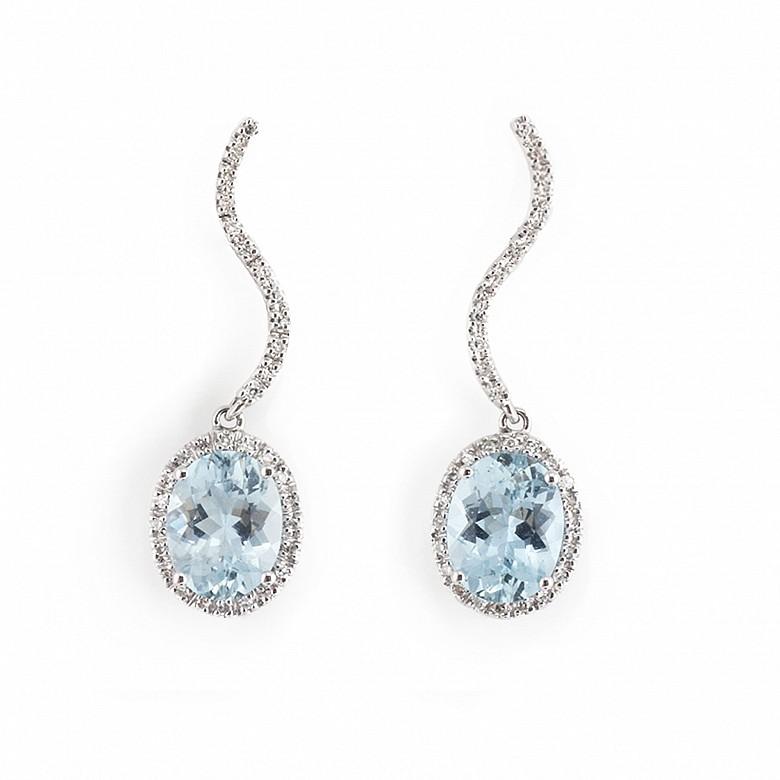 Pendientes aguamarinas y diamantes en oro blanco 18k.