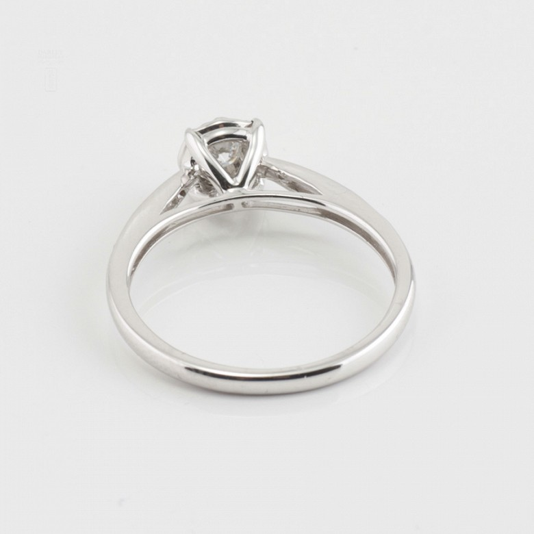 Rosette ring in white gold and diamonds 0.33cts - 4