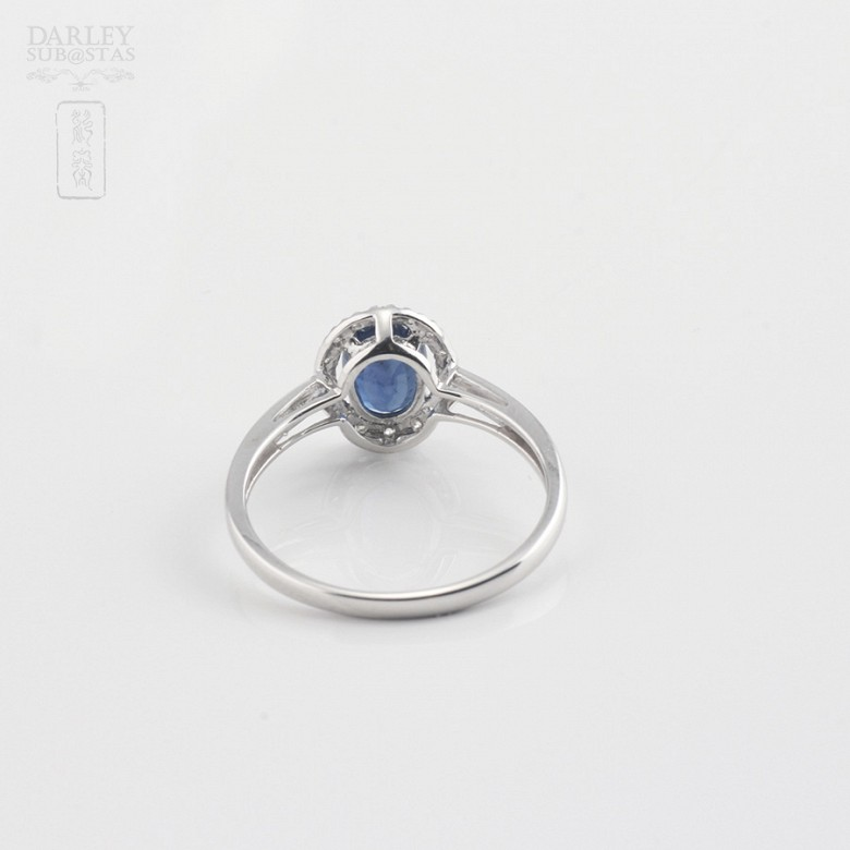 Ring  with sapphire 0.93cts and diamond in white gold - 2