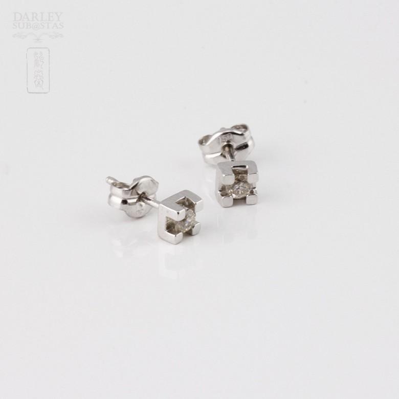 Pareja de pendientes 0.12cts diamantes en oro blanco de 18k - 3