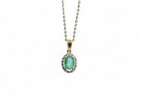 Gargantilla en oro con esmeralda y diamantes.