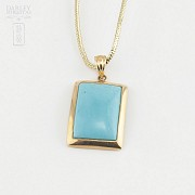 Pendant in 18k yellow gold and natural turquoise