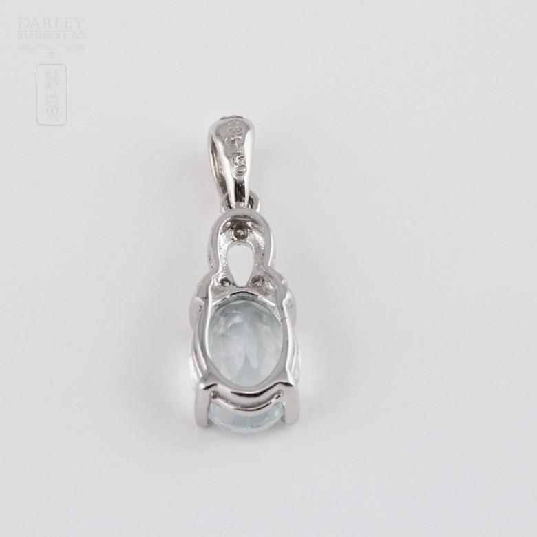 Colgante con Aguamarina 1.10cts y diamantes en oro blanco de 18k - 1