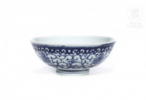 Porcelain bowl, blue and white, 20th century