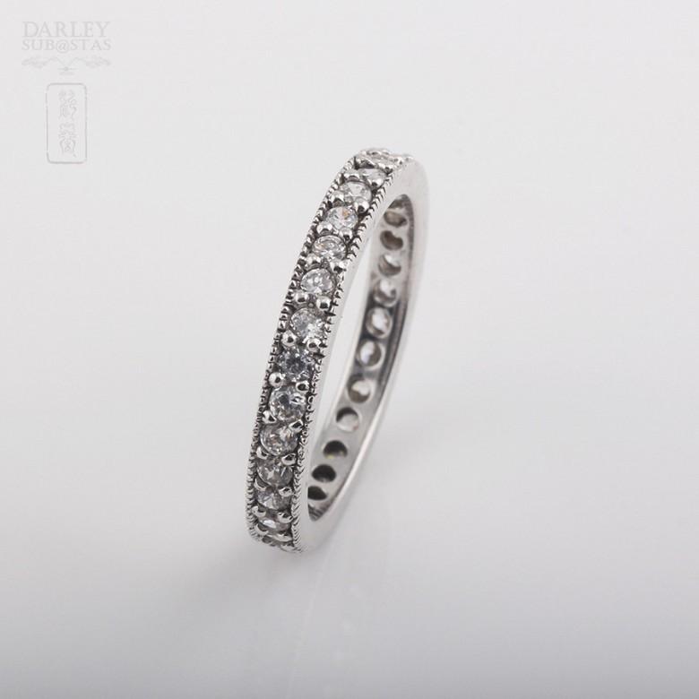 925银镀白金镶圆锆石戒指 - 2