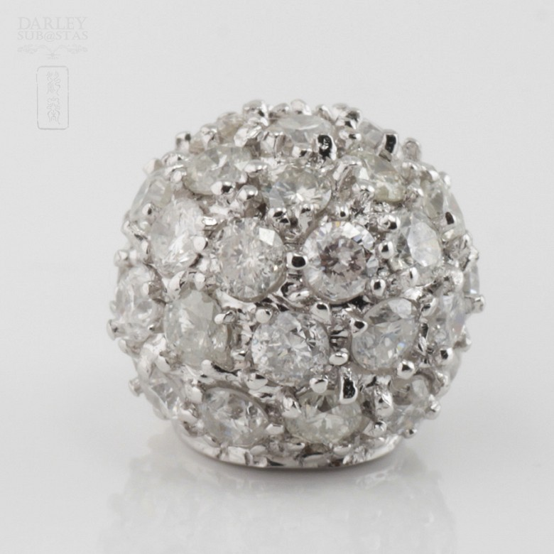 0.97cts ball pendant with diamonds - 1
