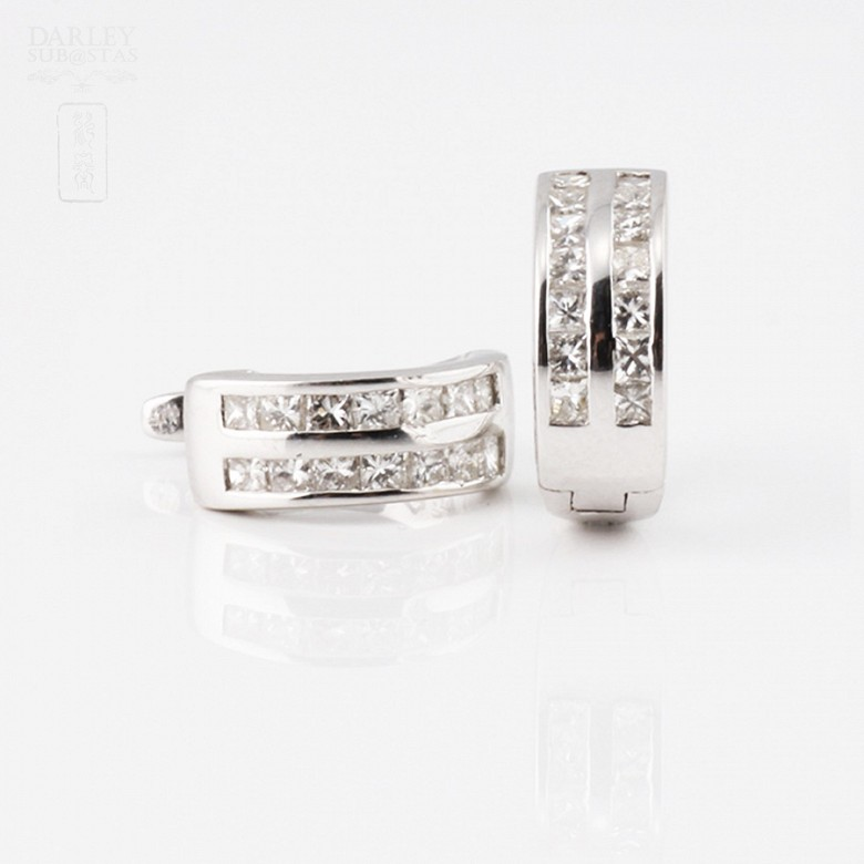 earrings diamond  0.57cts in 18k white gold
