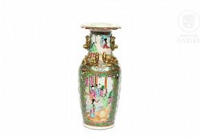 Jarrón de porcelana Cantón, med.s.XX