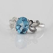 Beautiful diamond ring and blue topaz - 2