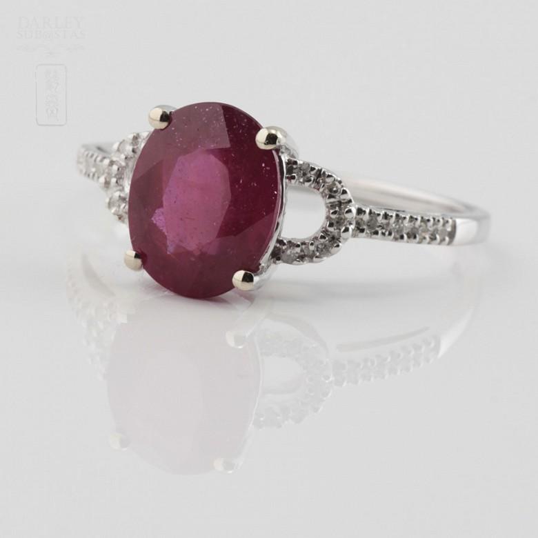18k白金配红宝镶钻石戒指 - 1