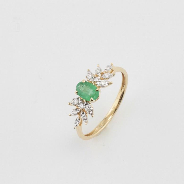 18k yellow gold ring, diamonds and emerald - 3