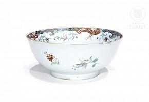 Large enameled porcelain bowl, China, 20th century