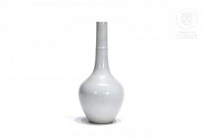 White glazed vase, 20th century