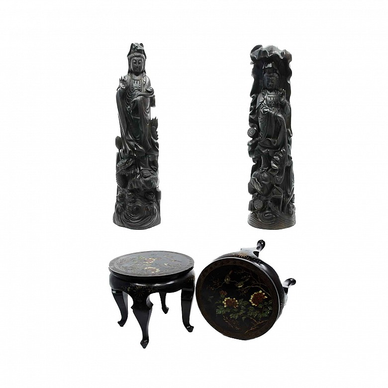 A pair of large Guanyin with base, 20th century