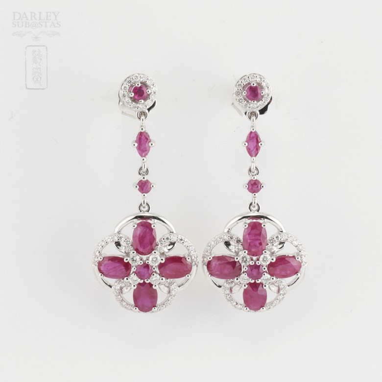 Fantastic earrings with ruby and diamonds