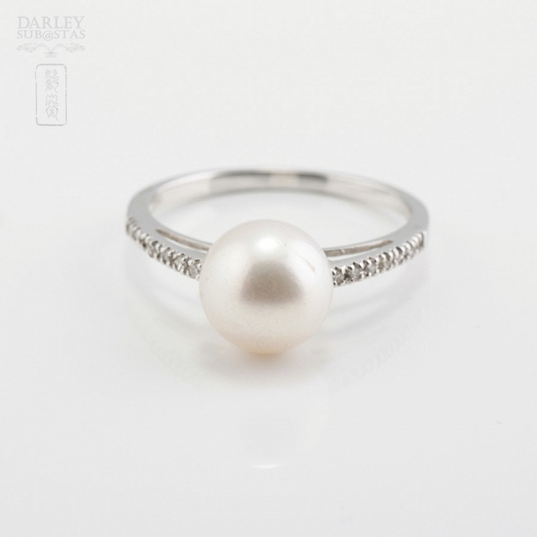 Ring with Natural Pearl White Gold and Diamonds - 2
