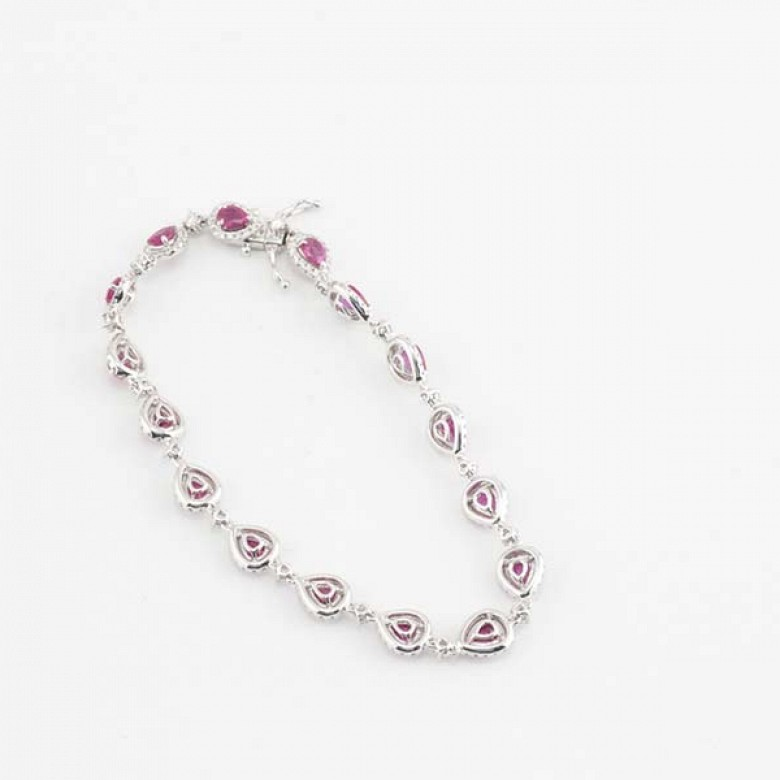 18k white gold bracelet with rubies and diamonds. - 8