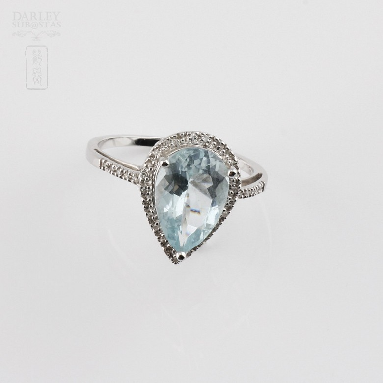Ring with 2.60cts Aquamarine  and diamonds in 18k white gold - 4