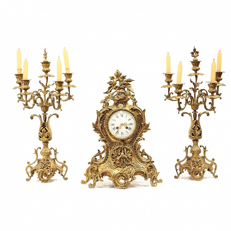 Clock and Candlestick Lining