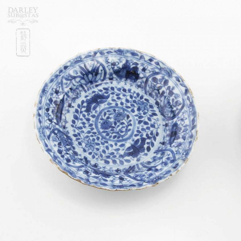 Pareja de platos chinos siglo XVII, kangxi. - 1