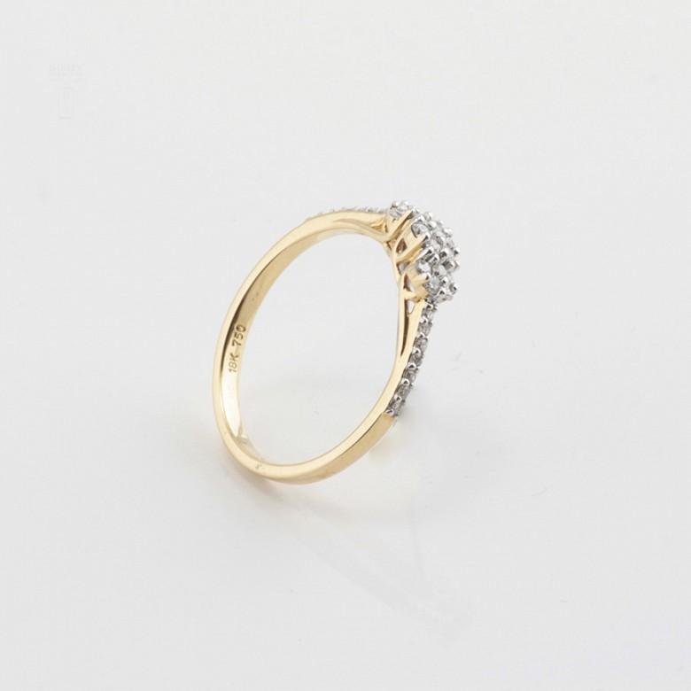 Precioso anillo oro amarillo 18k y diamantes 0.26cts - 1