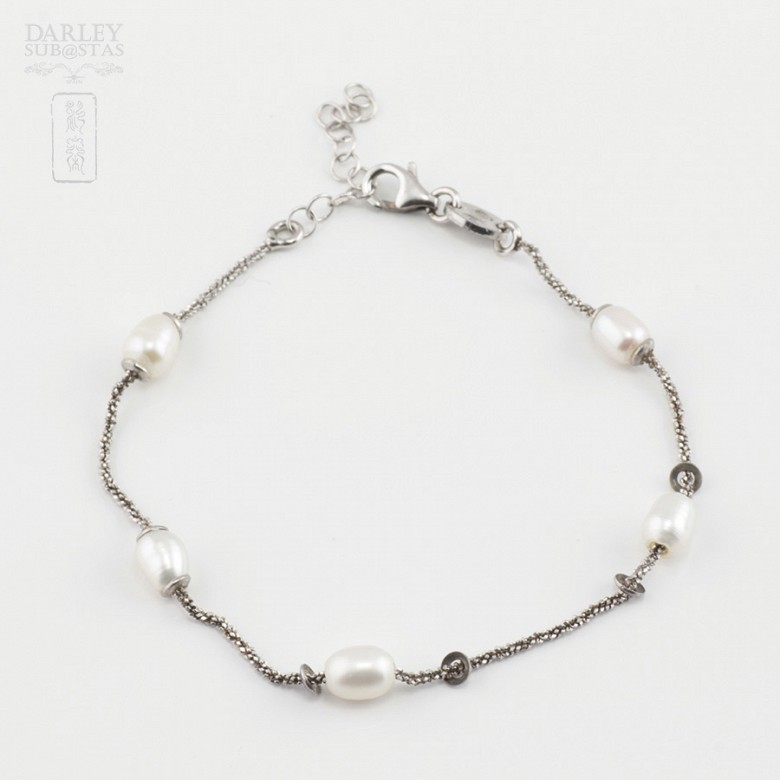 Silver and pearl bracelet - 2