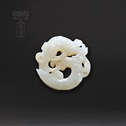 Natura Jade pendant old dragon form. - 1
