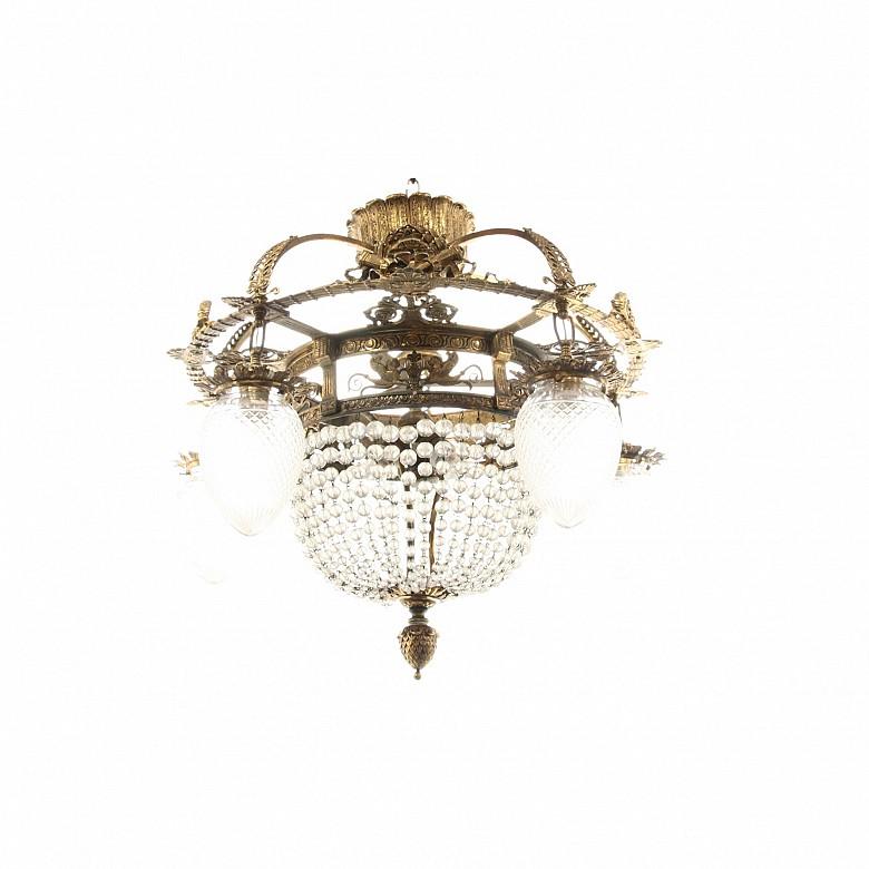 Lámpara de techo de metal dorado y vidrio