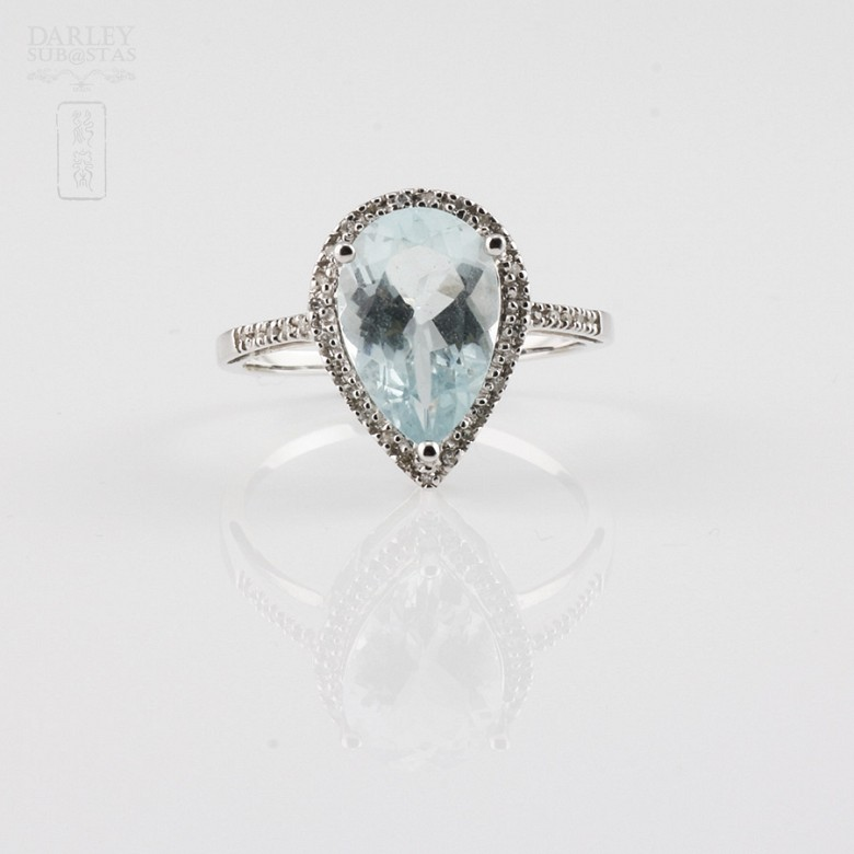 Ring with 2.60cts Aquamarine  and diamonds in 18k white gold - 1